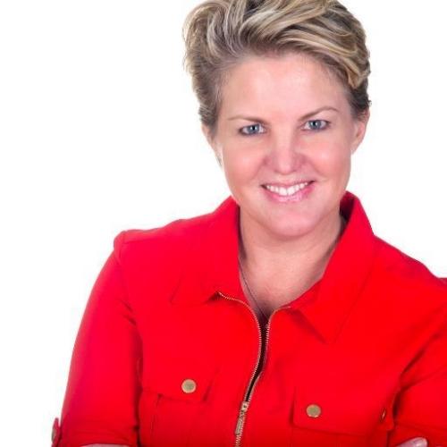 Lauren Clemett Award Winning Personal Branding Specialist