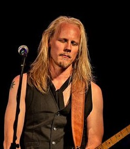 Ville Vesalainen lead guitar and singer in Willie & The Goodsouls, rock band from Finland.